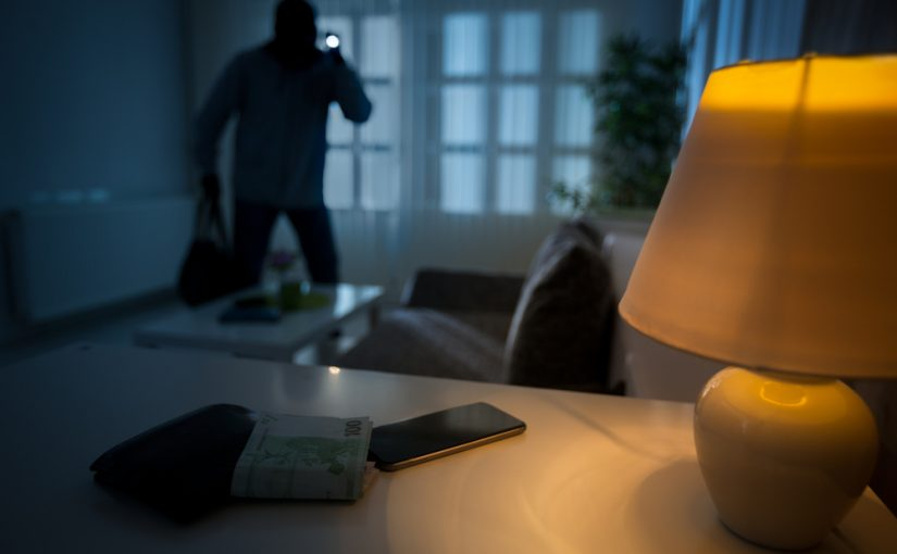 regole contro i furti in casa