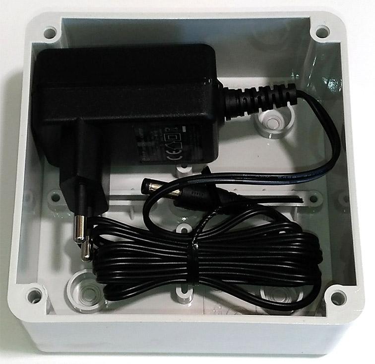 alimentatore-dc1206-scatola